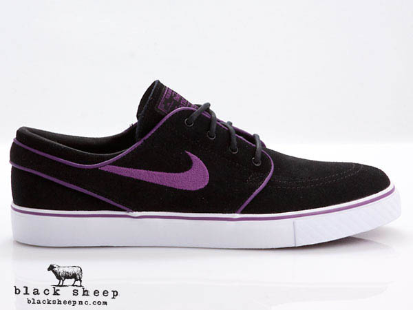 205696deb87 black and purple janoski