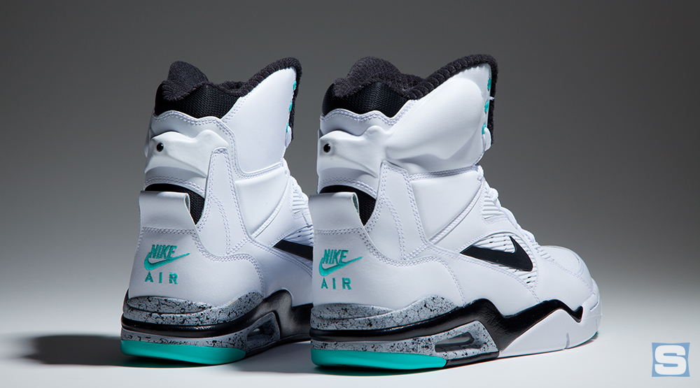 photos officielles d1454 101df Release Date: Nike Air Command Force 'Hyper Jade' | Sole ...