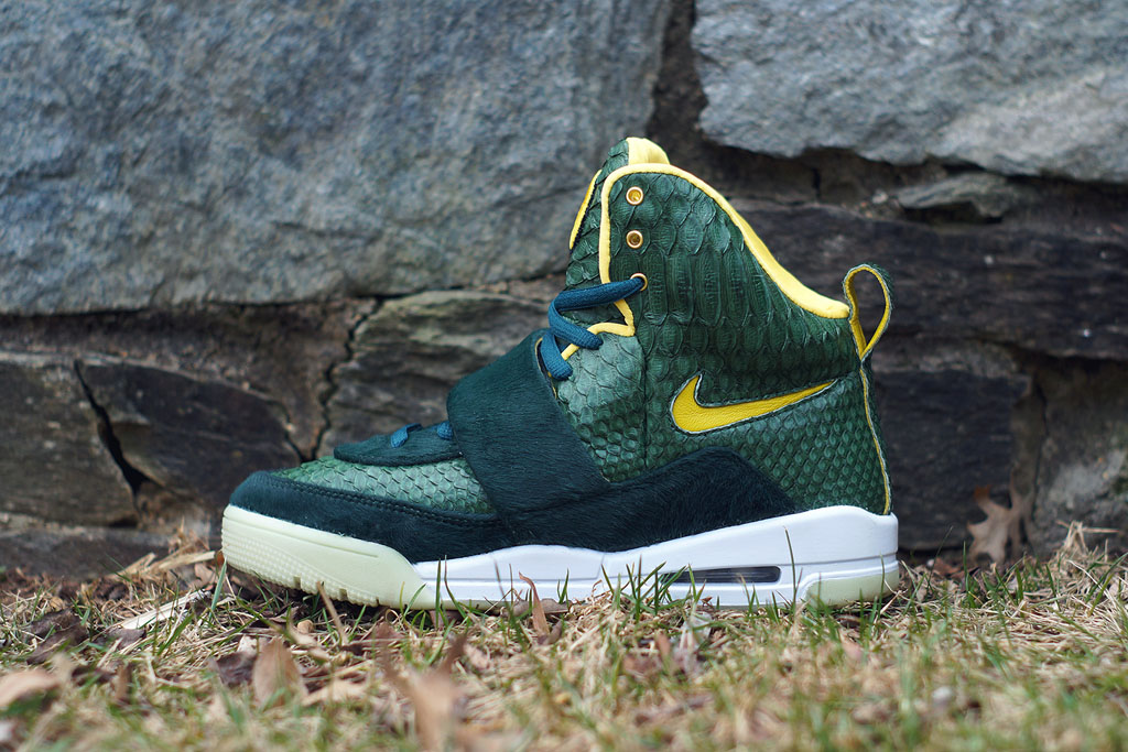 Nike Air Yeezy 'Oregon' by JBF Customs (1)