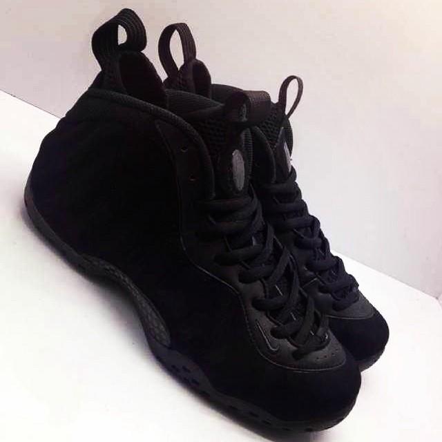 a160e6edb93 Release Date  Nike Air Foamposite One  Black Suede