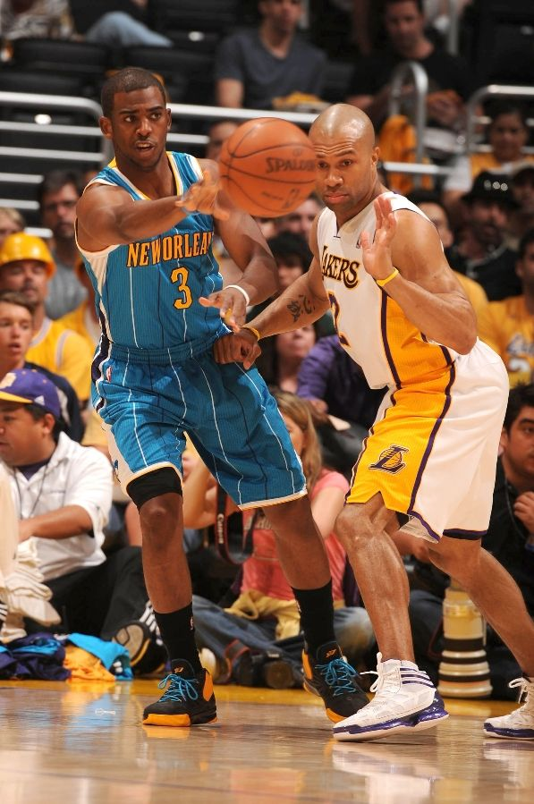 Derek Fisher wearing the adidas Crazy Light