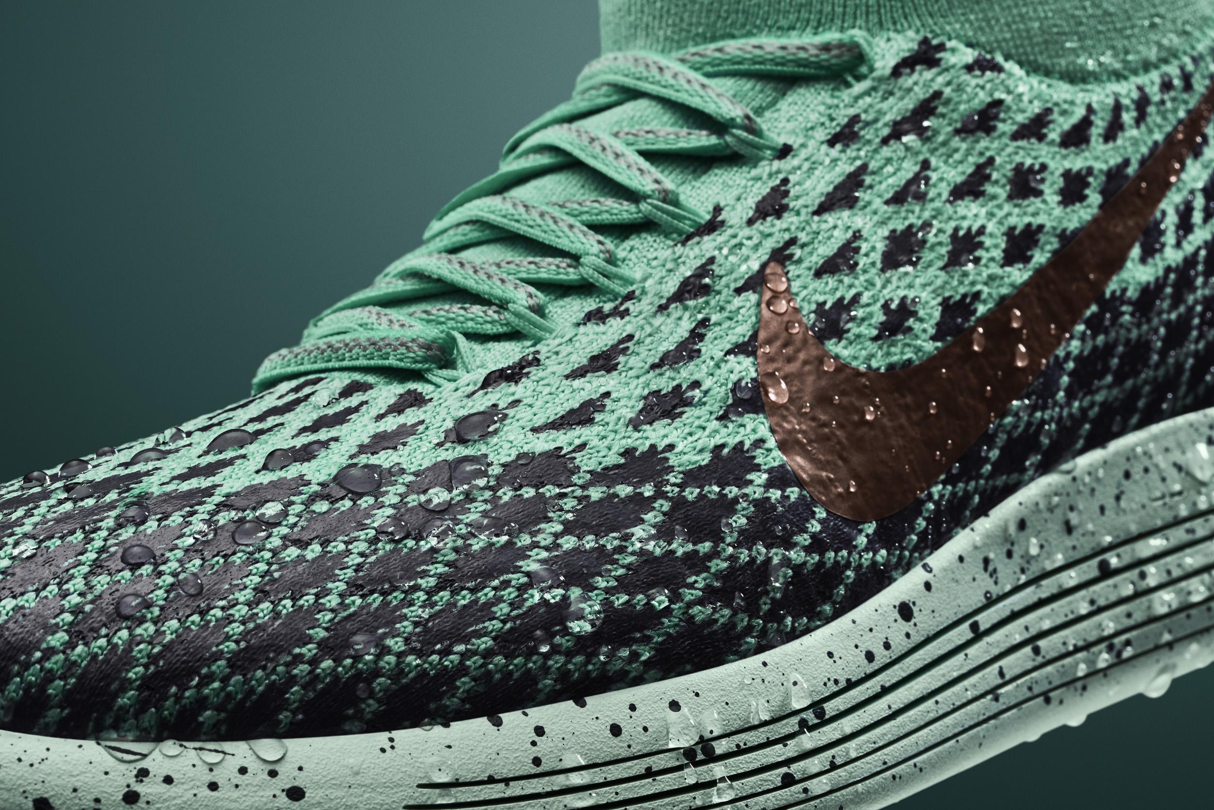 Nike LunarEpic Flyknit Shield Toe
