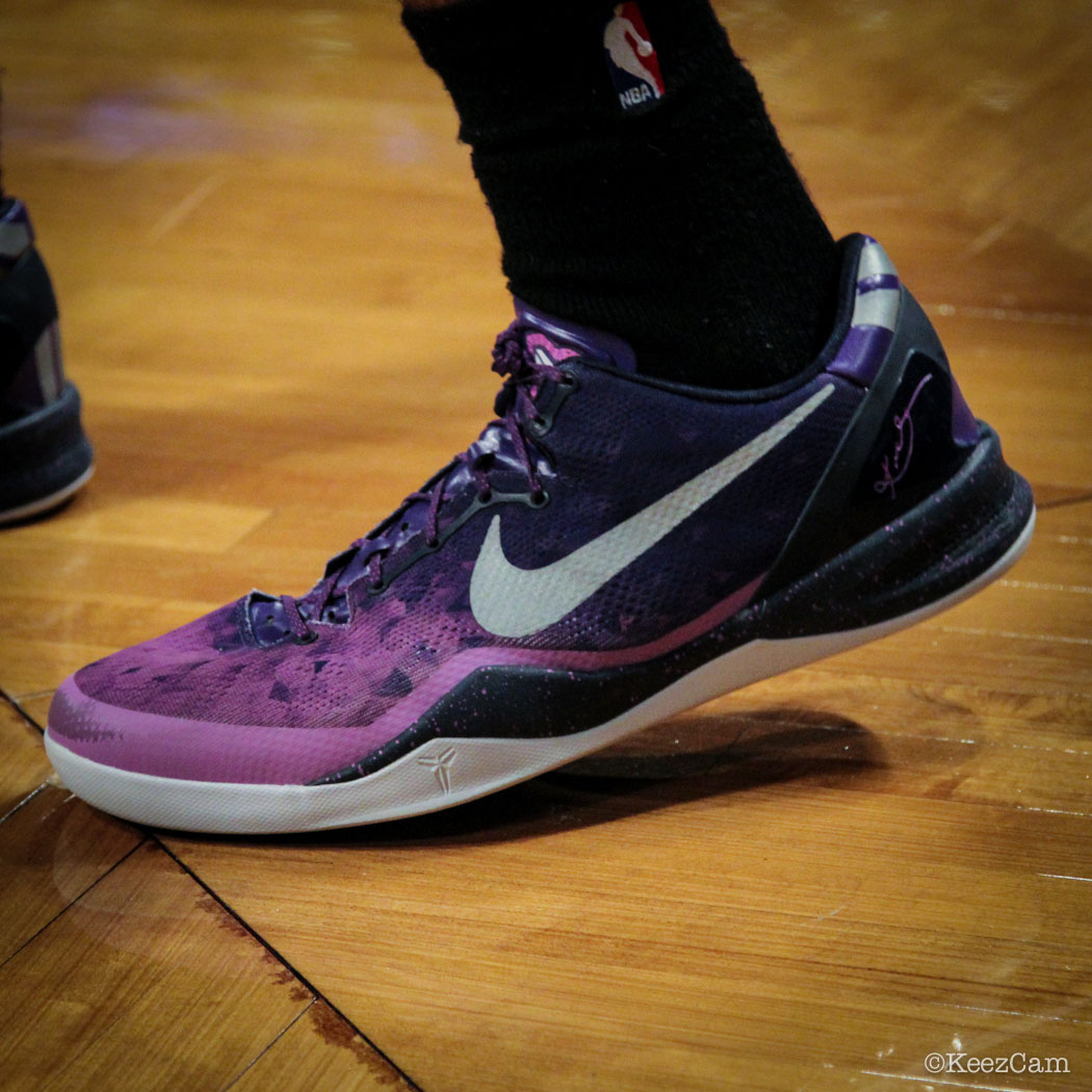 SoleWatch // Up Close At Barclays for Nets vs Lakers - Xavier Henry wearing Nike Kobe 8 Gradient Purple