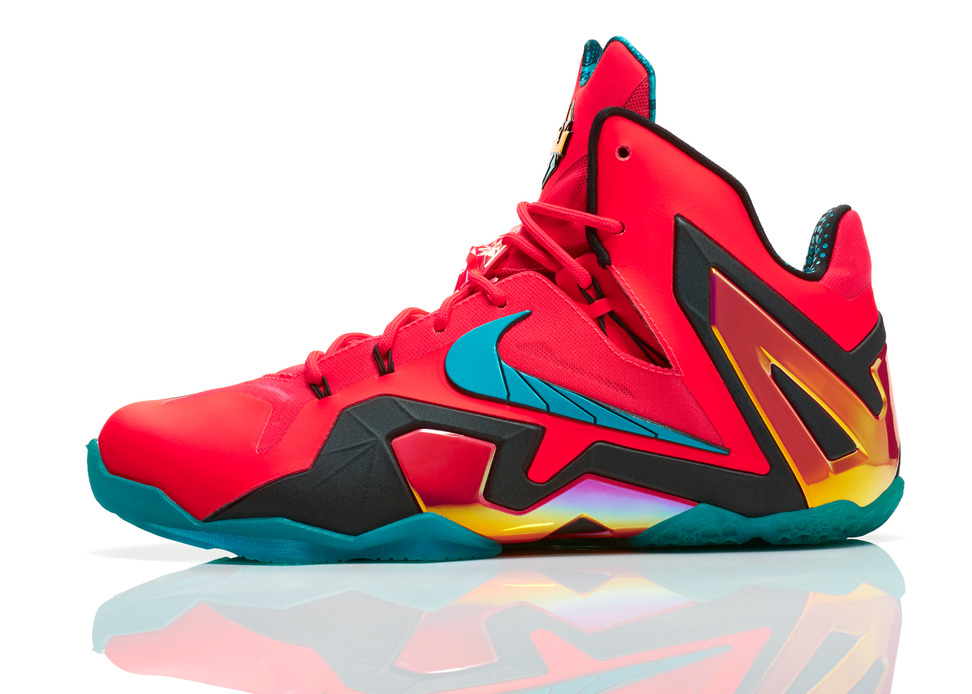 Nike LeBron 11 Elite Hero Profile