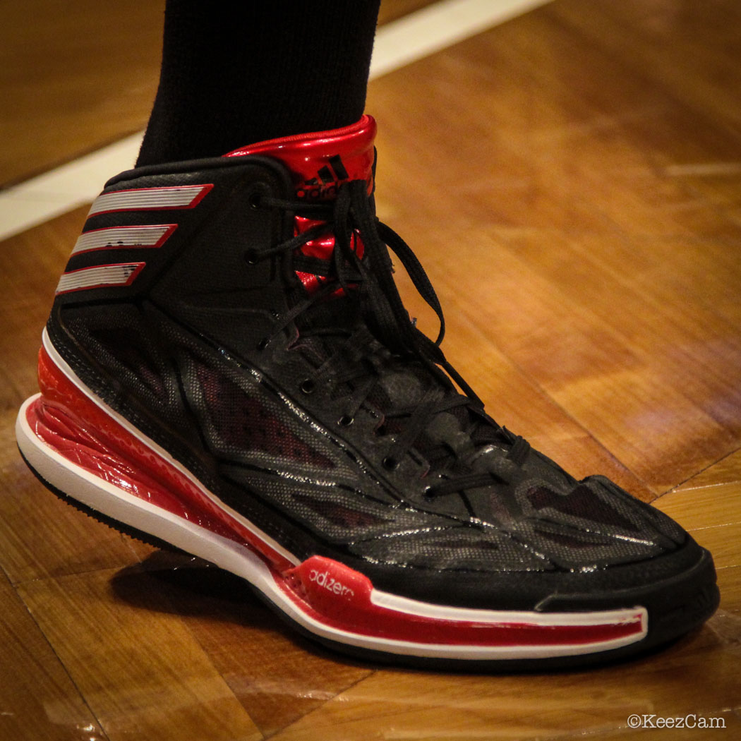 John Salmons wearing adidas Crazy Light 3