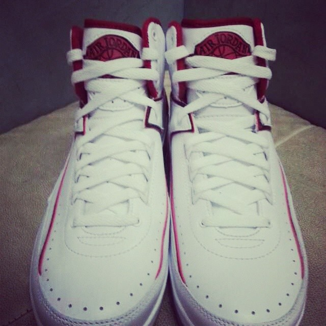 buy online dfec6 a02b2 Air Jordan 2 Retro White Varsity Red Neutral Grey 385475-102 (3)