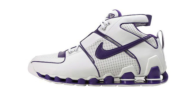 brand new 76316 96e42 The Top 10 Nike Shox Sneakers of All Time