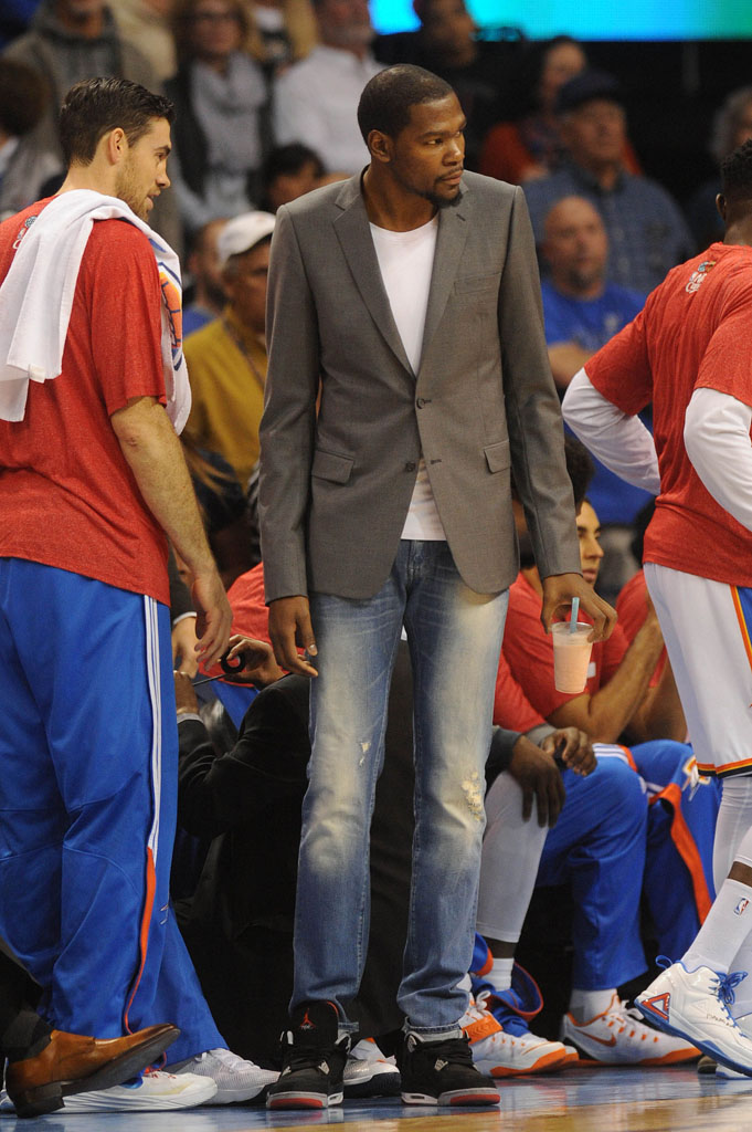 kevin durant wearing air jordan 1