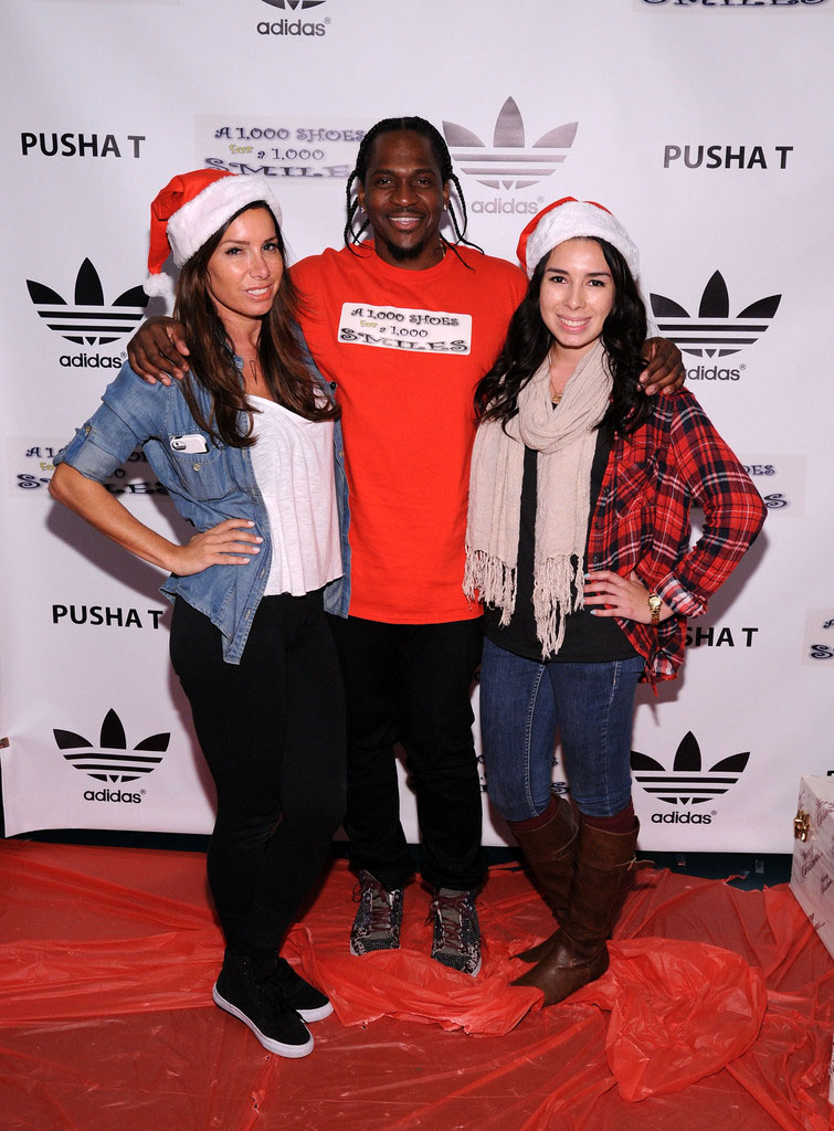 adidas Sponsors Pusha T 1000 Shoes for a 1000 Smiles Event (22)