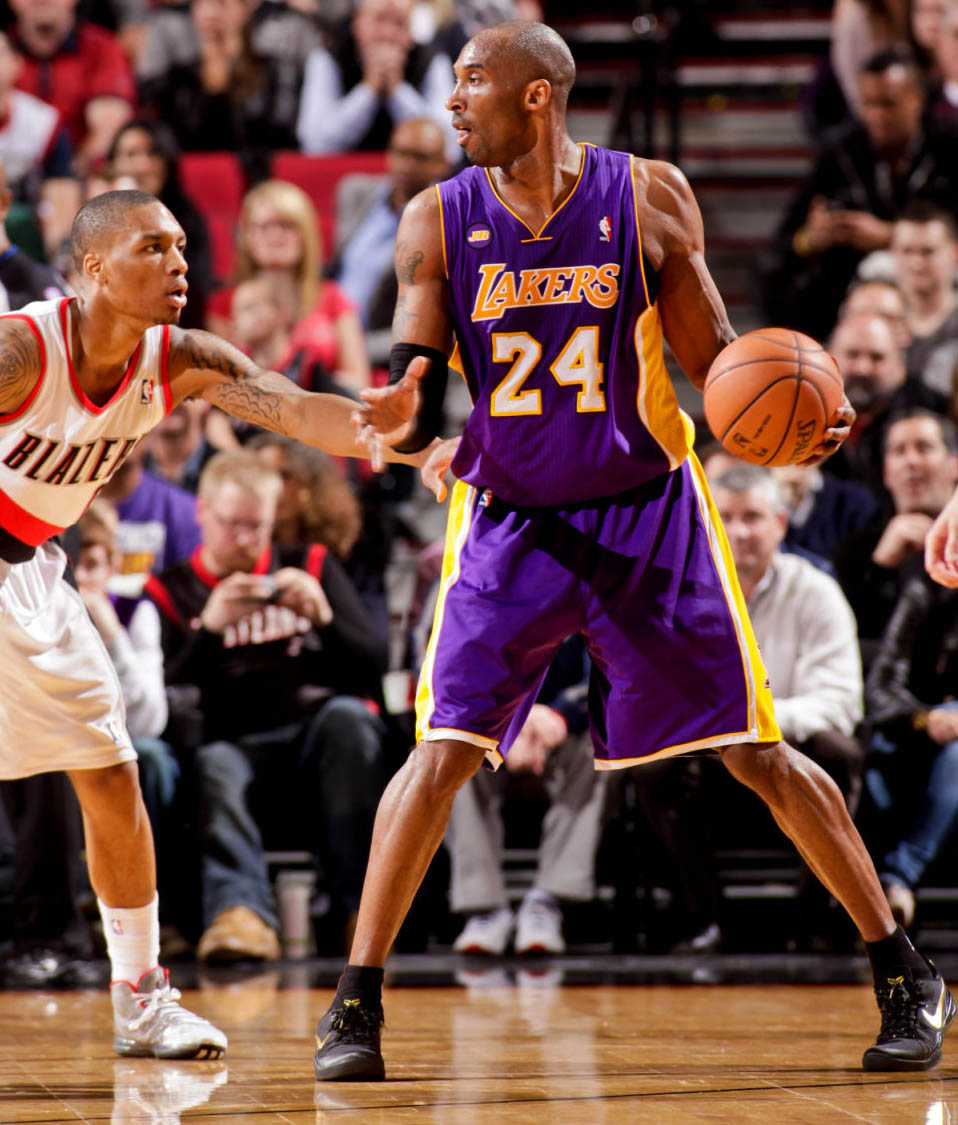 best authentic 41b32 fa44b NBA Sneaker Watch    Kobe Bryant Debuts Nike Kobe 8 Elite and Drops 47  Points   Sole Collector