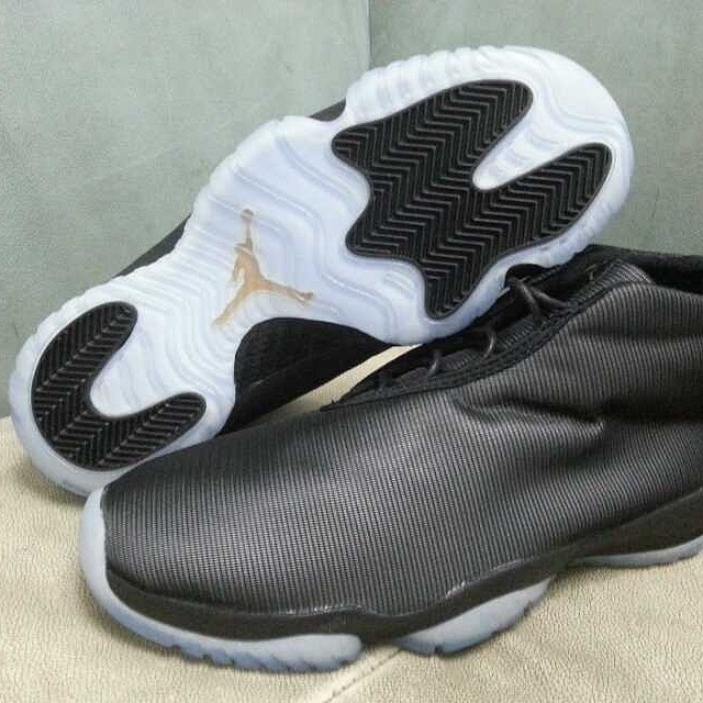 Air Jordan Future 3M Reflective Black (3)