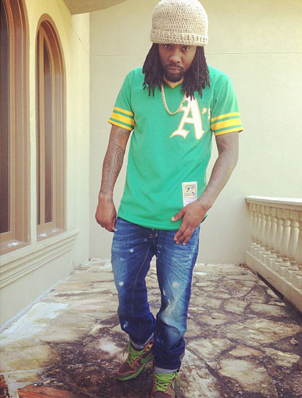 Wale wearing Nike Dunk High SB De La Soul
