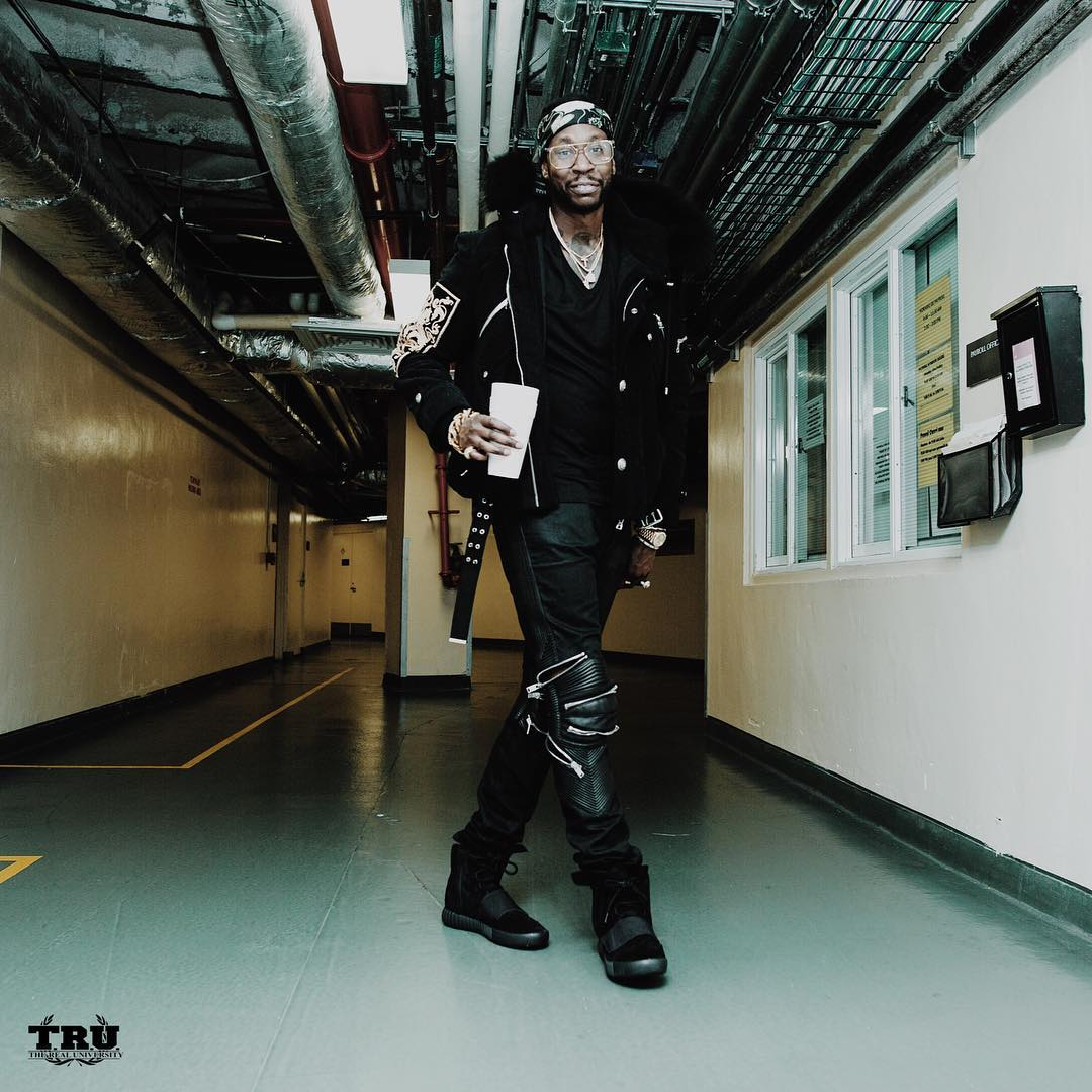 2 Chainz wearing the 'Core Black' adidas Yeezy 750 Boost