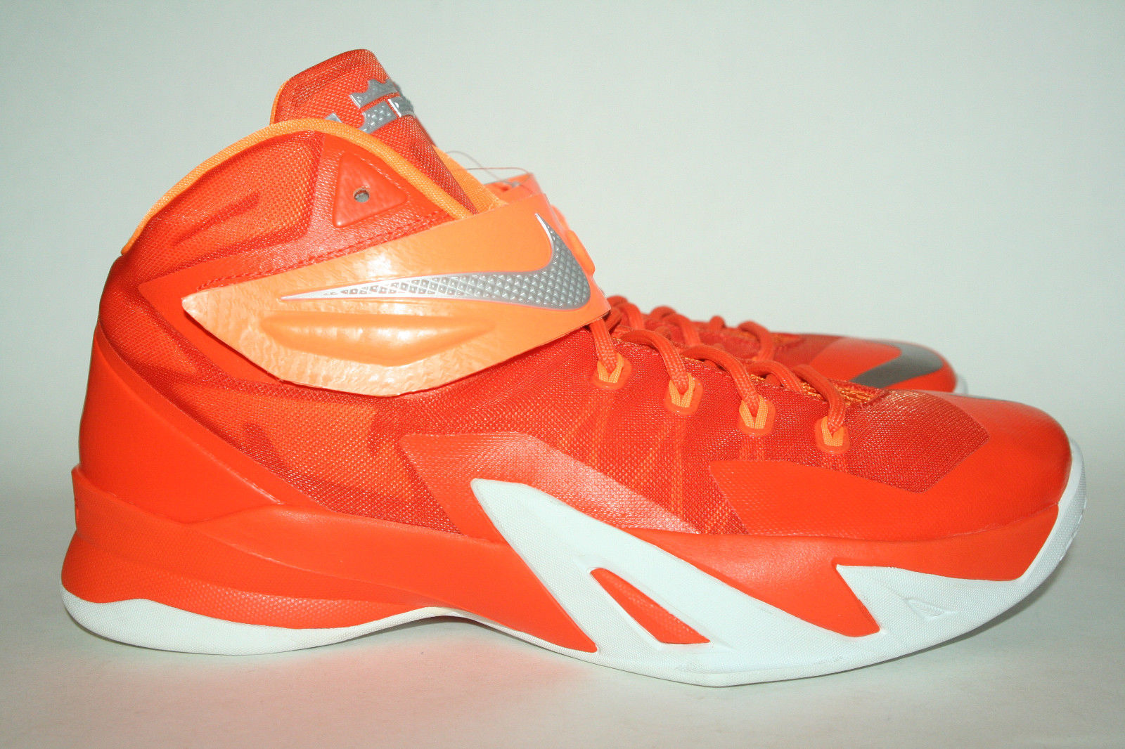 Nike Zoom Soldier 8  Fire and Ice  Samples  8e0017f01965