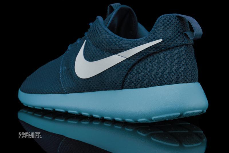 9cb28876c405 Nike Roshe Run  Squadron Blue Fiberglass-Sport Turquoise  - Now Available