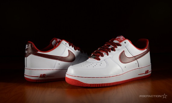 Nike Air Force 1 Low White/University Red Sole Collector