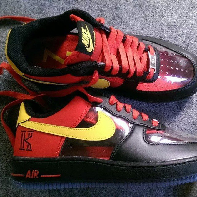 Nike Air Force 1 Confort Noir / Tour Jaune / Rouge Universitaire