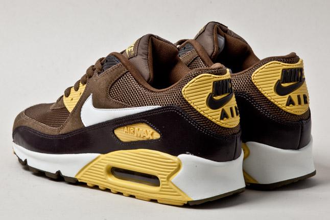 Nike Air Max 90 Essential Dark Khaki Vivid Sulfur