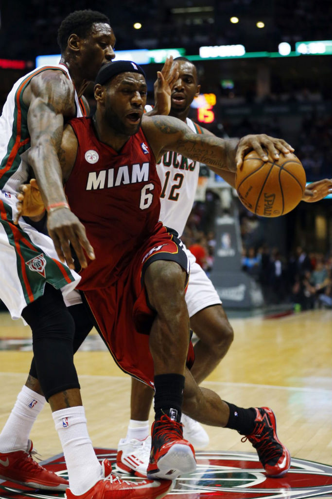 LeBron James wearing Nike LeBron X PS Elite Red Black PE (1)