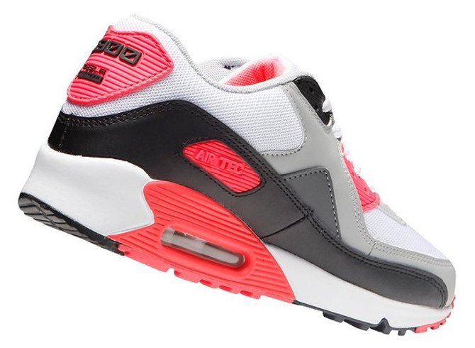 the best attitude c01ef 4888e For the sneaker collectors with no self-respect, this Air Max 90 knock-off  can even be had at half price over at Amazon.