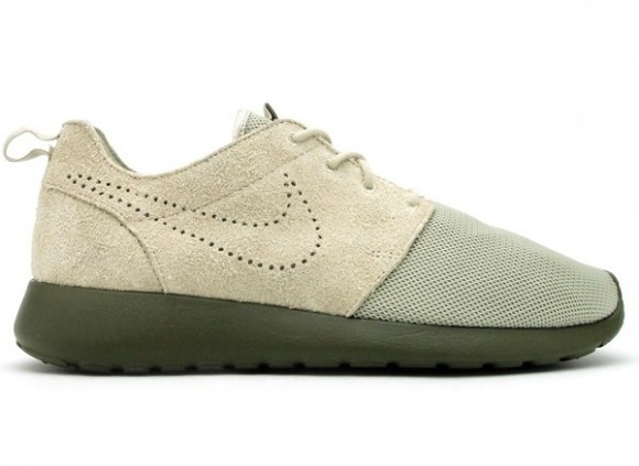 buy online 66197 0289e Nike Roshe Run Premium - Sand/Olive   Sole Collector