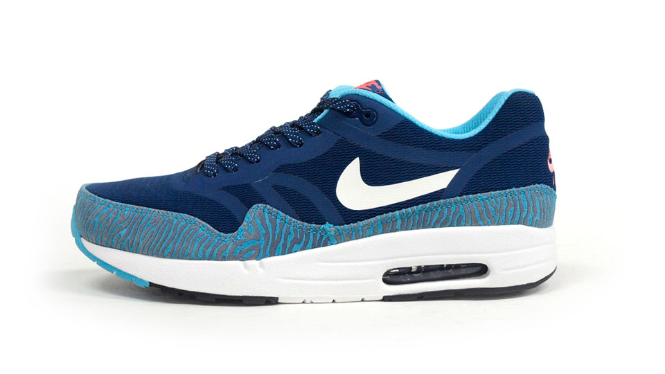 Nike Air Max 1 PRM Tape Brave Blue Summit White | Sole