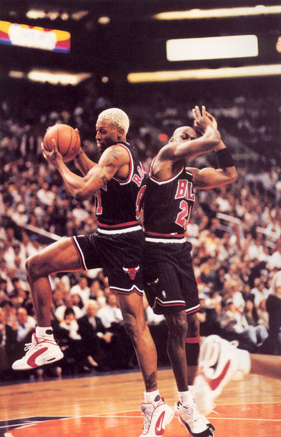 Michael Jordan wearing Air Jordan XI 11 Concord (14)
