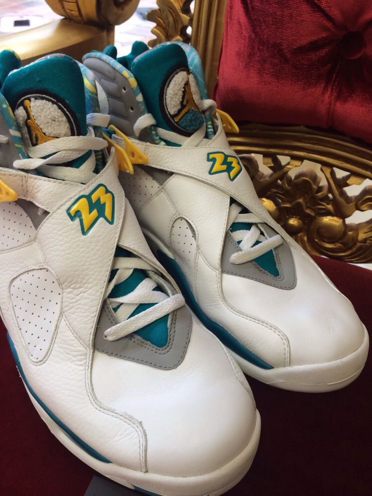 huge discount df318 354ad Air Jordan VIII 8 Chris Paul Hornets Home PE (4)