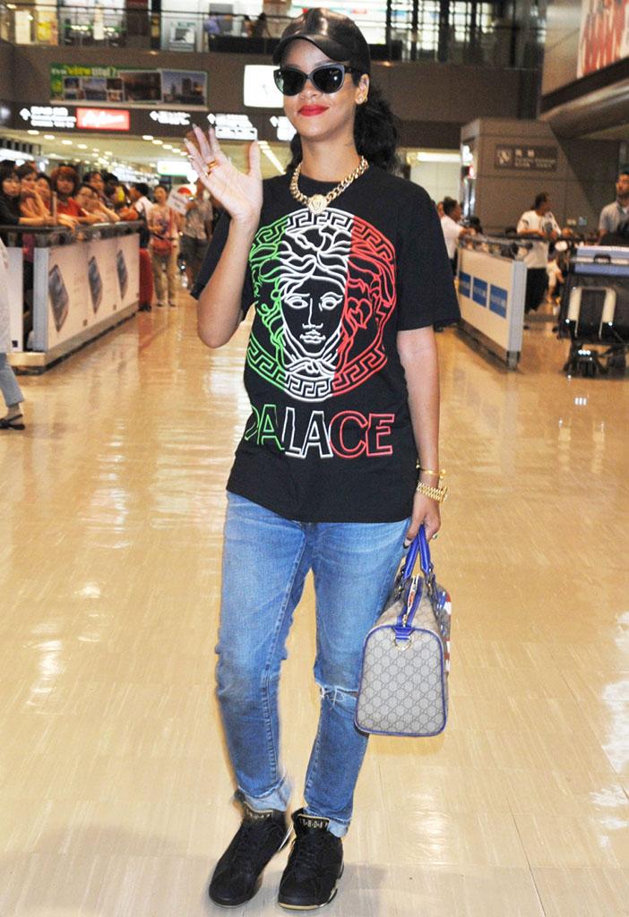 dfc50d8d6 Rihanna wearing Air Jordan VII 7 Golden Moments GMP (1)