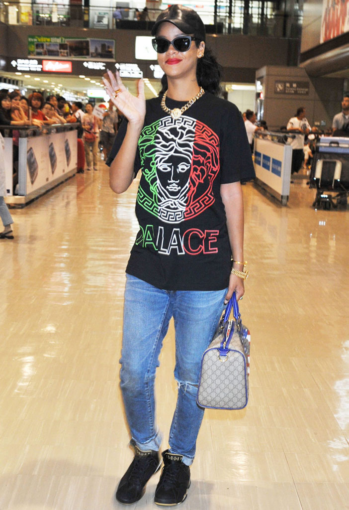 promo code ac4ba e84b6 Rihanna wearing Air Jordan VII 7 Golden Moments GMP (1)