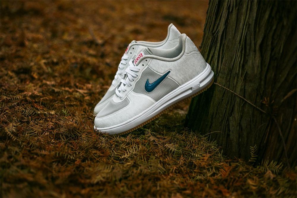 more photos b1036 b5bd5 ... UPDATE 223 End Clothing in the UK will release the CLOT x Nike Lunar  Force 1 ...
