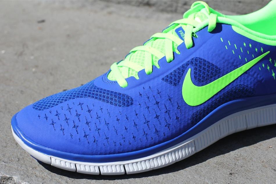4ebcf074e87 Nike Free 4.0 V2 - Game Royal Electric Green