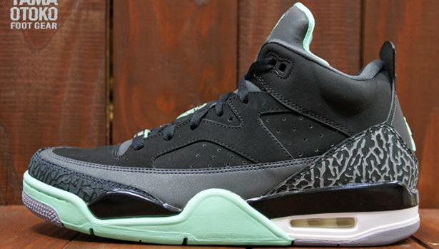 Jordan Son Of Mars Low Black/Green Glow-Anthracite-Cement Grey