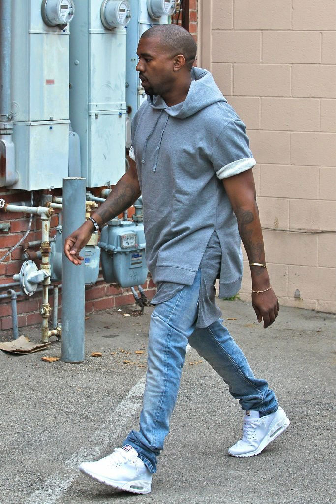 kanye west wears nike air max 90 hyperfuse quotusa pack