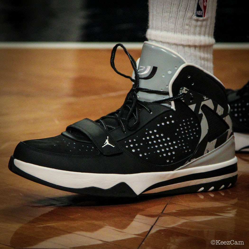 Joe Johnson wearing Jordan Phase 23 Hoops PE (1)