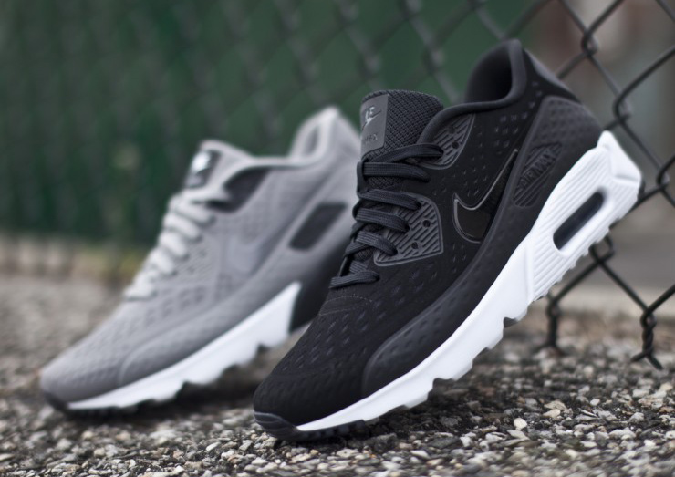 all black nike air max 90 white sole