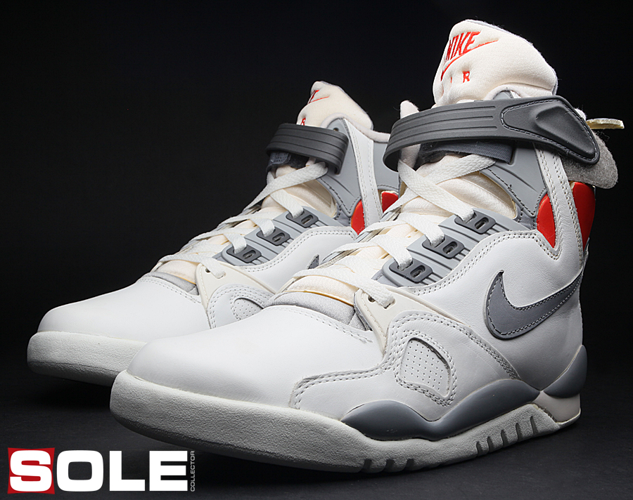 The Ultimate Kicktionary  1989 s Nike Air Pressure  319a69801