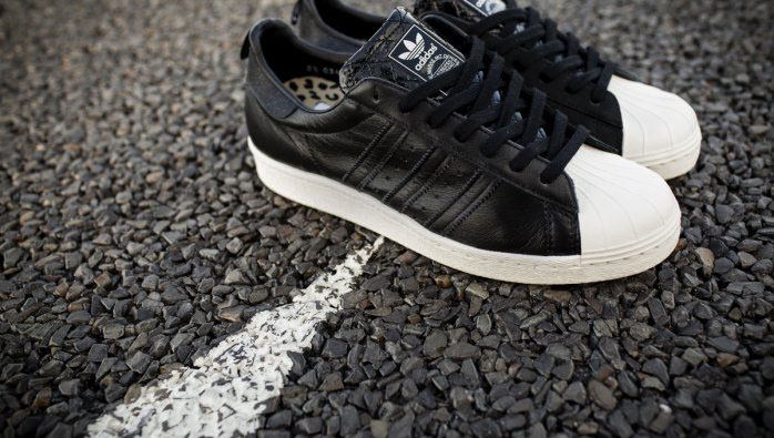 Gold Shines On The Cheap Adidas Originals Superstar Metal Toe
