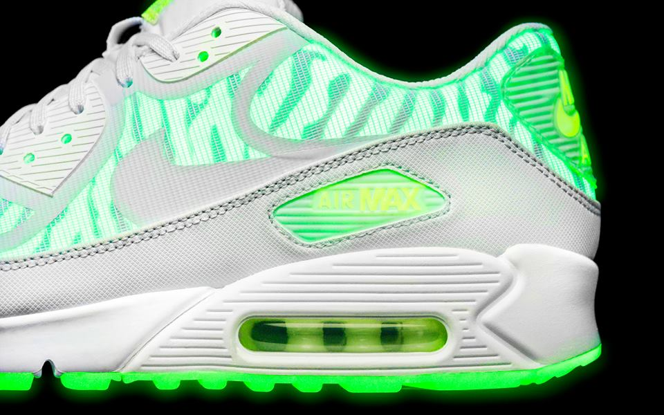 Nike Sportswear Air Max Glow Collection details