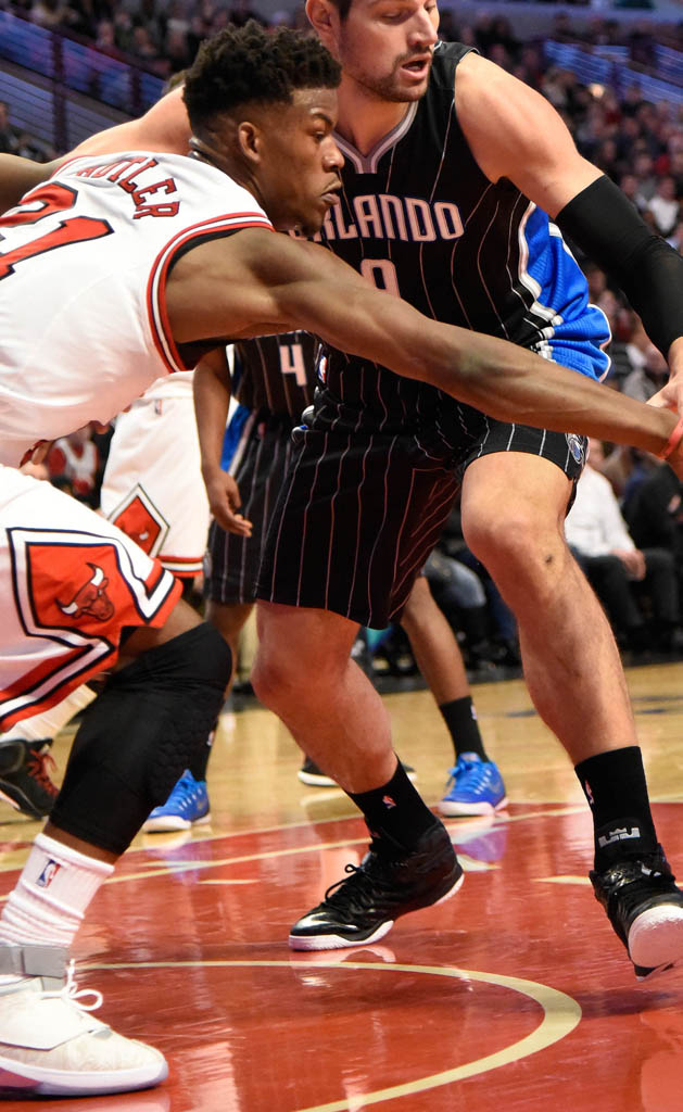 Jimmy Butler wearing Air Jordan XX 20 Laser (1)