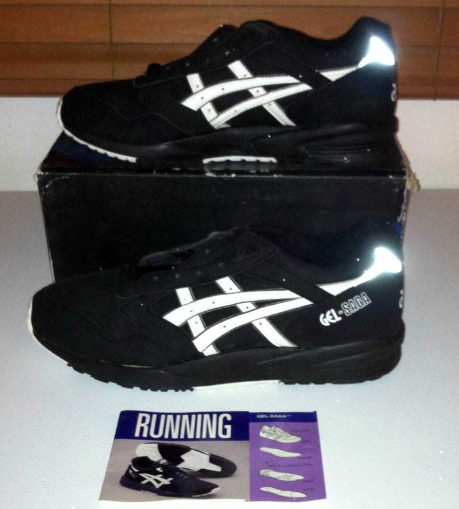 Asics GEL SAGA WOMENS Black/Blue Aster Hype DC