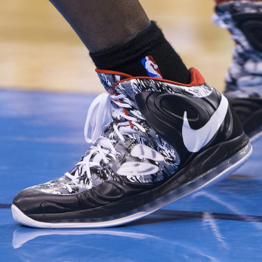 ... Chris Bosh -- Nike HyperPosite ... a3ff8156d1