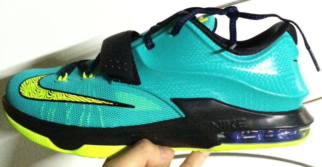 sports shoes 55f09 0db27 Nike KD 7 'Hyper Jade' | Sole Collector