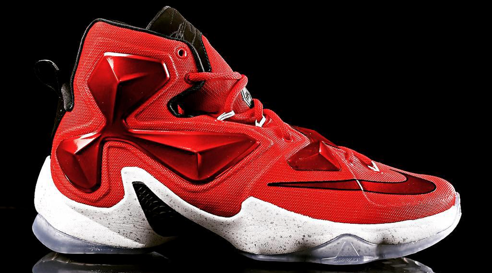 new style 710be 46b42 Nike LeBron 13 Away