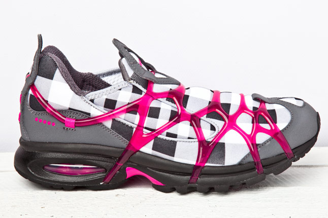 Nike WMNS Air Kukini 2011 Dark Grey Spark Pink