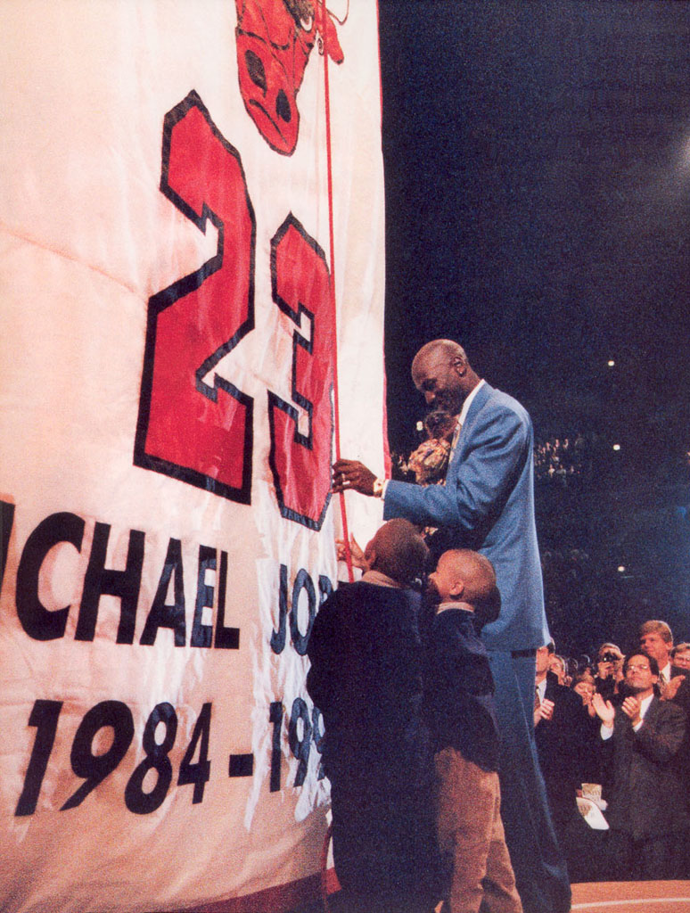 52 Michael Jordan Photos (27)