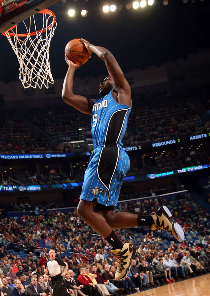 Victor Oladipo wearing Air Jordan XX8 SE Awards Season