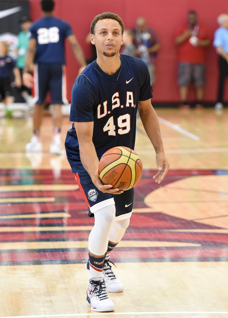 Stephen Curry wearing the \u0027USA\u0027 Under Armour Curry Two 2