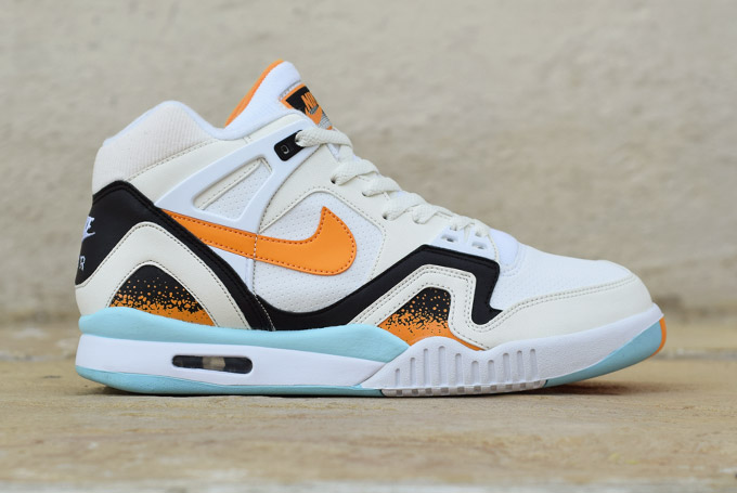 Nike Air Tech Challenge II Kumquat Profile