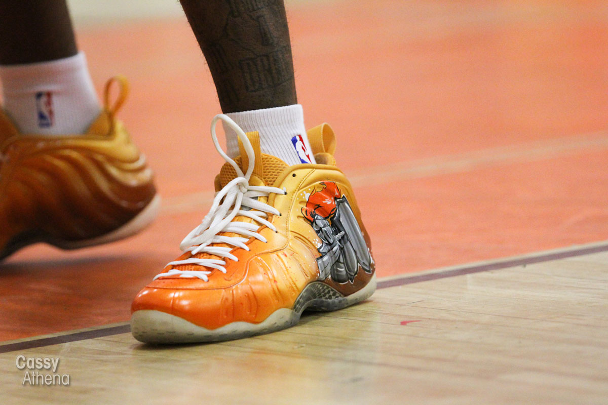 Glbert Arenas wears Custom Nike Air Foamposite One for Grant High Alumni Game (5)